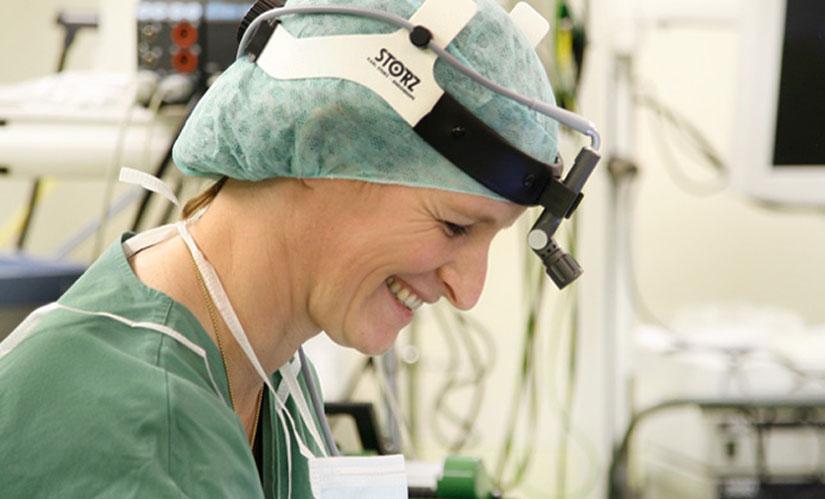 hno_arzt_hamburg_schlafapnoe_radiofrequenztherapie_schnarchtherapie_polypen_operation_operationen